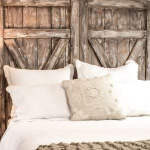 BUILD AN EASY BARN DOOR HEADBOARD
