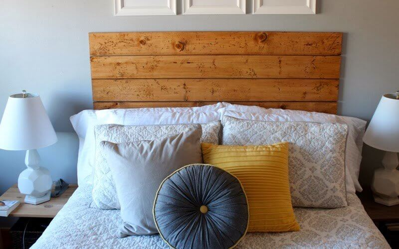 A cosy headboard by thesamanthalife
