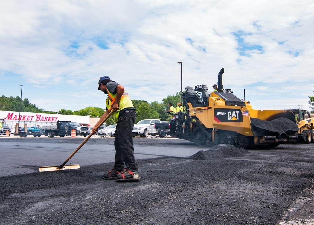 4 Mistakes Not To Make When Choosing Commercial Paving Services